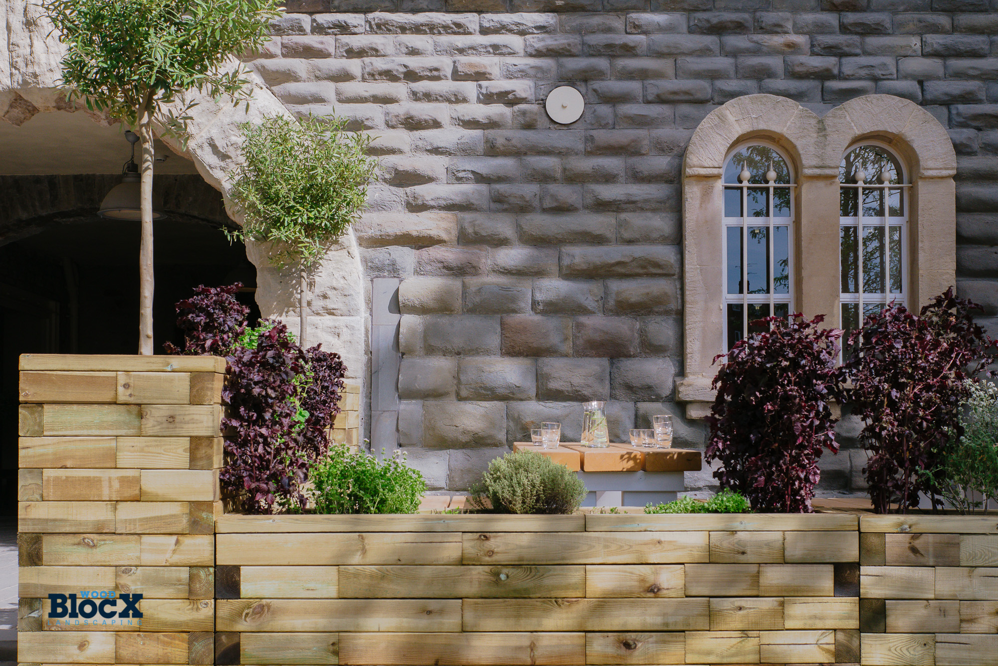 Portree Planter Bench Woodblocx Landscaping